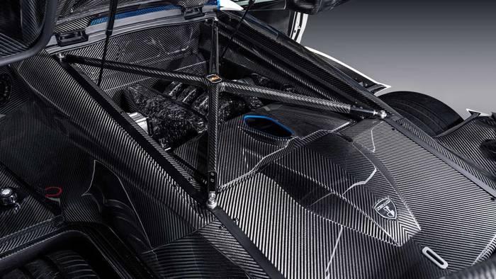 Кузовные панели Zenvo TSR-S 2020 получили новое плетение с геометрическим рисунком
