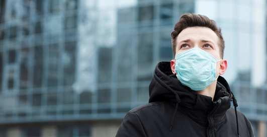Как защититься от эпидемии по-богатому: личный очиститель воздуха и аптечка за $5000