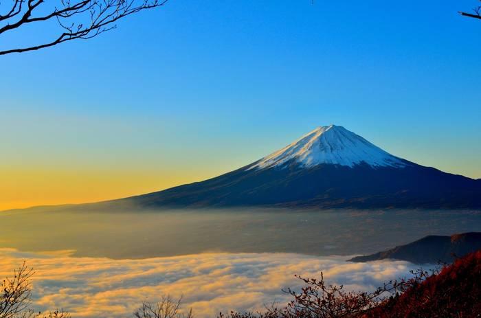 Япония — страна красивой природы и людей, живущих до ста лет