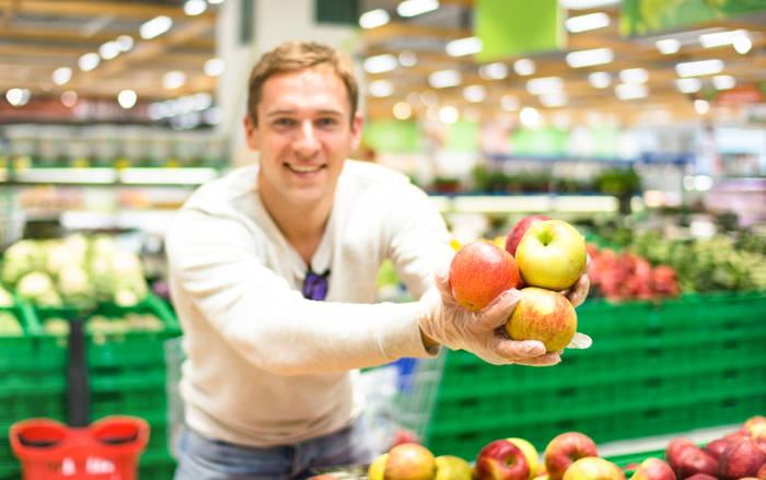 Помни о сезонности фруктов и овощей