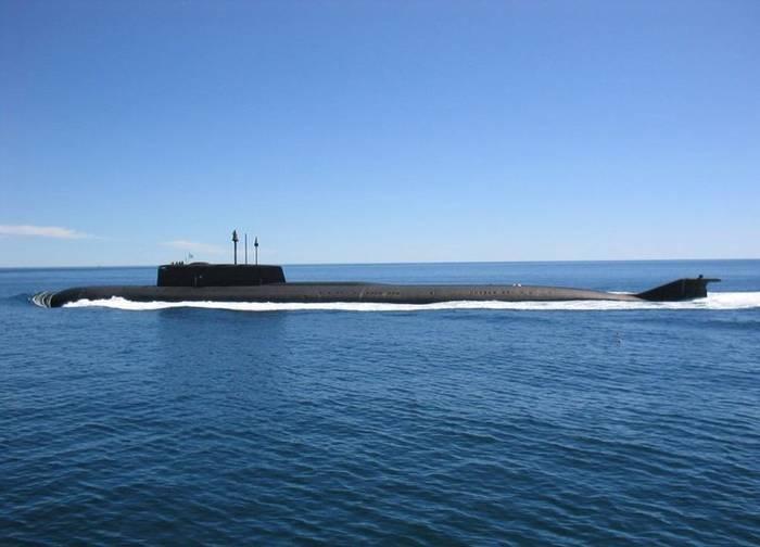 """Проект 949А """"Антей"""". Нес на борту 24 крылатые ракеты"""