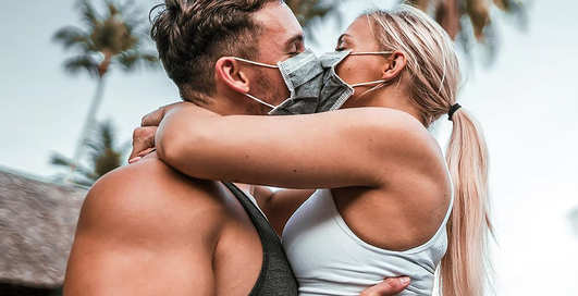 Секс во время эпидемии коронавируса: правила безопасности от ученых