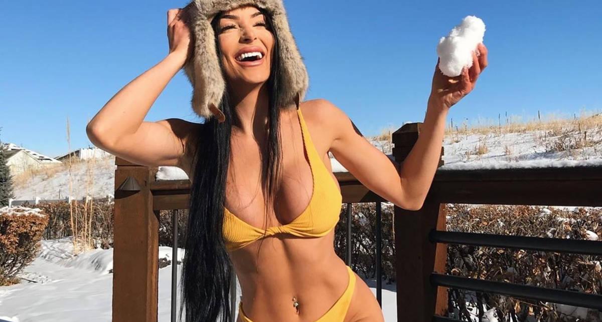 Красотка дня: сексуальный YouTube-блогер Джулия Сандовал