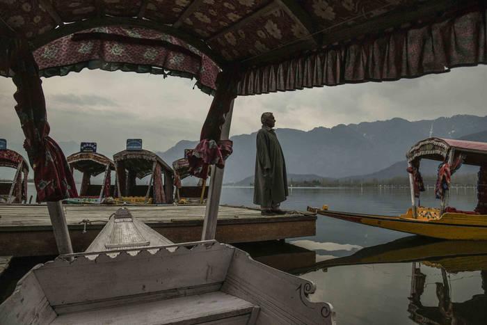 Сринагар, Индия. В туристический сезон – без туристов, лодки – без пассажиров