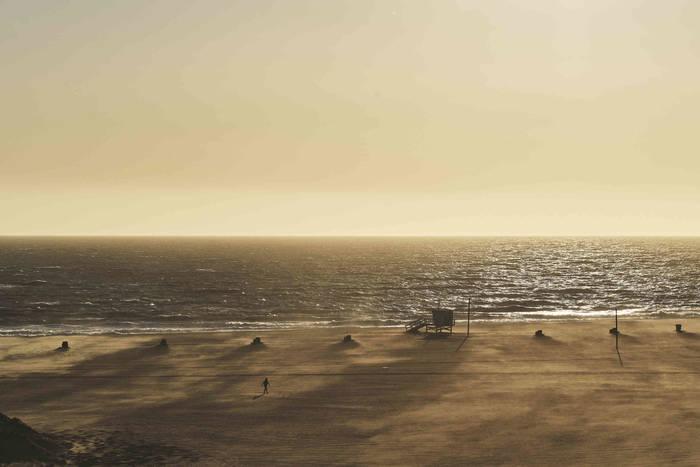 Лос-Анджелес. Неизменный океан, едва узнаваемый пляж в Санта-Монике