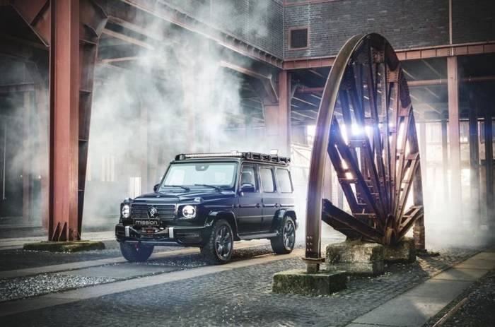 Mercedes-Benz G-Class Invicto может выдержать взрыв гранаты под днищем