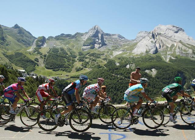 По маршруту Тур де Франс: 6 самых крутых вело-туров в мире