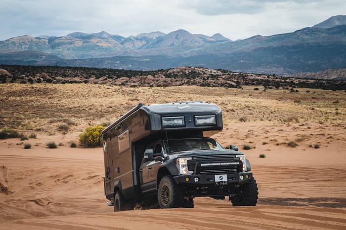 EarthRoamer LTS — переделанный полноприводный Ford F-550 Super Duty