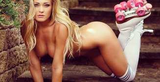 Красотка дня: гламурная бикини-модель Кристиан Тейлор