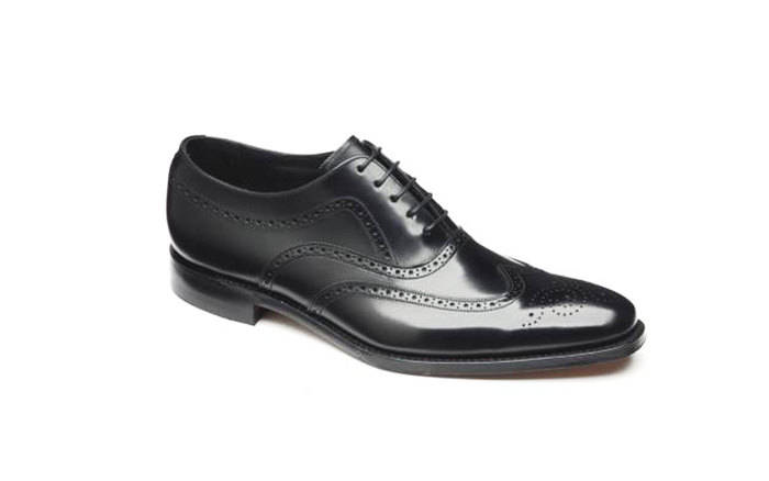 """Англичане Loake не только производят качественные туфли, но и обеспечивают их """"долгую жизнь"""""""
