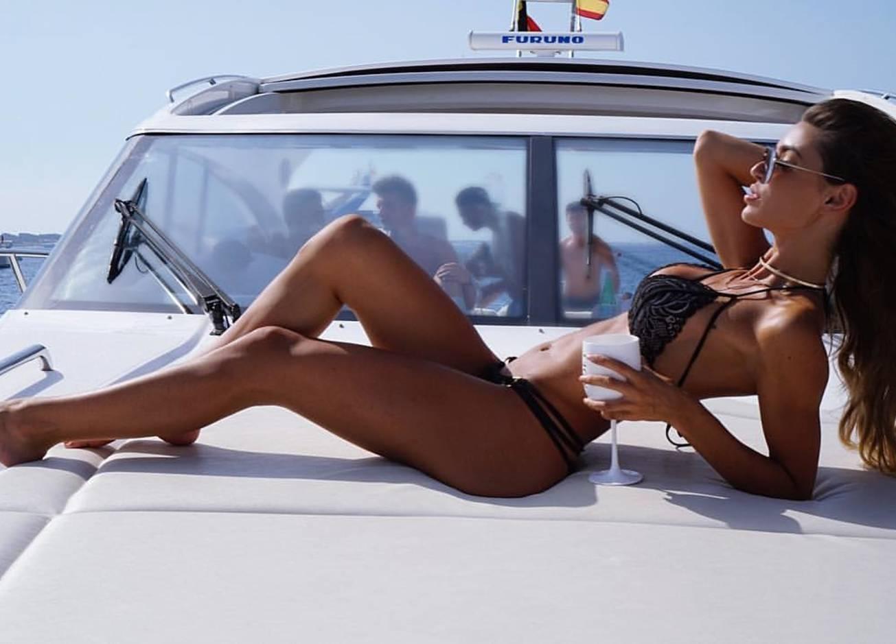 Красотка дня: голландская модель Анник ван Кёлен