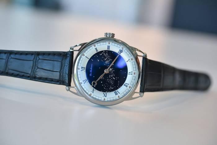 De Bethune DB25 Starry Varius - хронометр с меняющимся изображением ночного неба