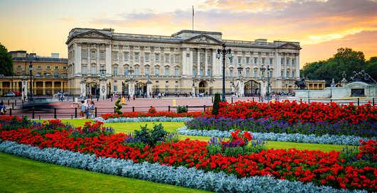 Историческая роскошь: 5 европейских дворцов, которые можно посетить онлайн