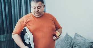 Недостаток сна и низкая активность: 11 причин плато потери веса