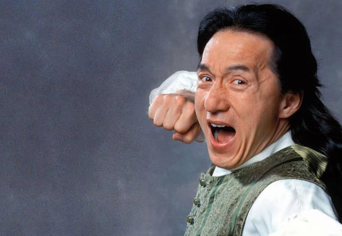 Джеки Чан снялся в главных ролях более чем в 100 фильмах