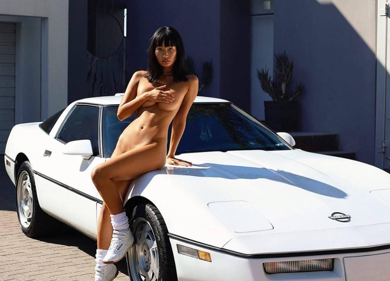 Красотка дня: японская модель и Playboy Playmate Мики Хамано