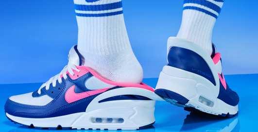 Удобство на высоте: кроссовки Nike Air Max 90 FlyEase со складным задником