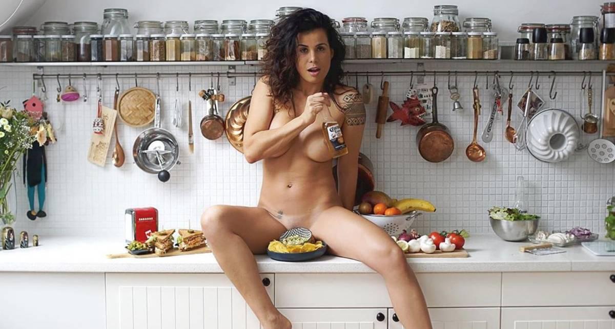 Красотка дня: модель Playboy и шеф-повар Кандида Батиста