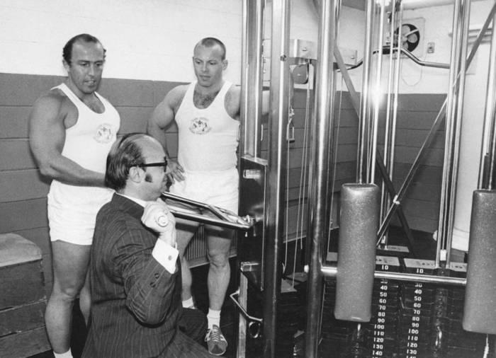 Силовые тренажеры появлялись в каждом спортзале