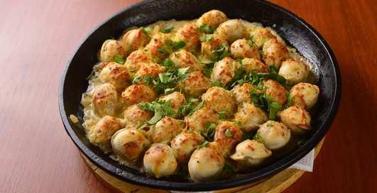 Идеальный мужской ужин: жареные пельмени со сметаной