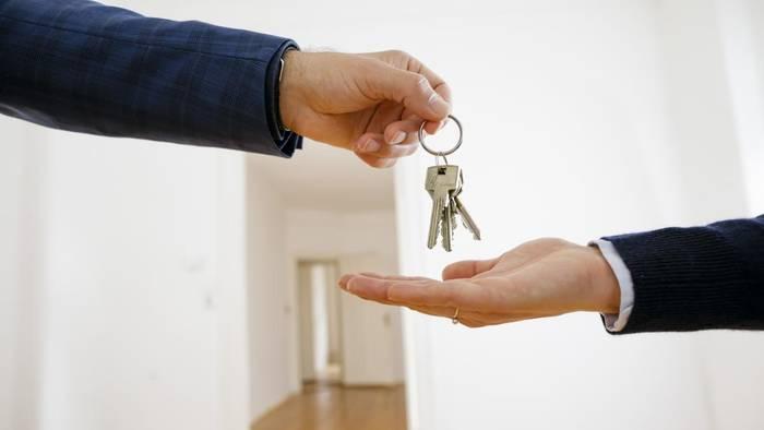 Снимай жилье — будешь не привязан к одному месту / в любой момент сможешь переехать