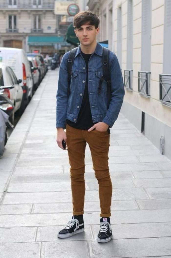 Джинсовки отлично смотрятся с брюками чинос