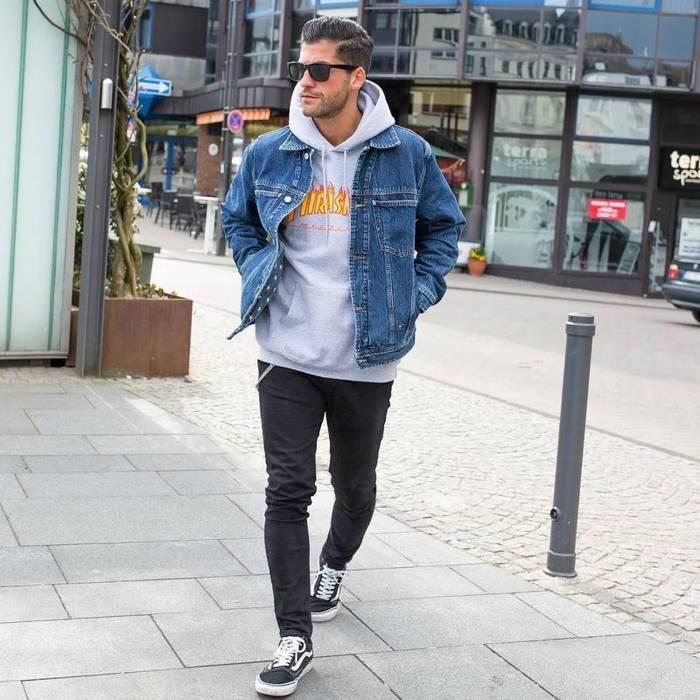 Толстовка с капюшоном + джинсовка = идеальное сочетание
