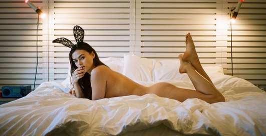 Красотка дня: модель Playboy с разноцветными глазами Сара Макдэниэл