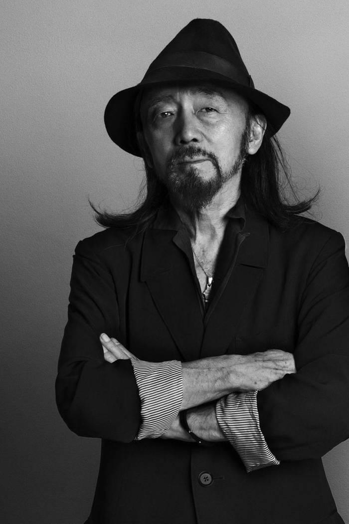 Именитый японский дизайнер Йоджи Ямамото. Теперь занялся часами
