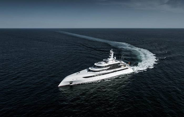 Excellence от Abeking & Rasmussen. Длина — 80 метров