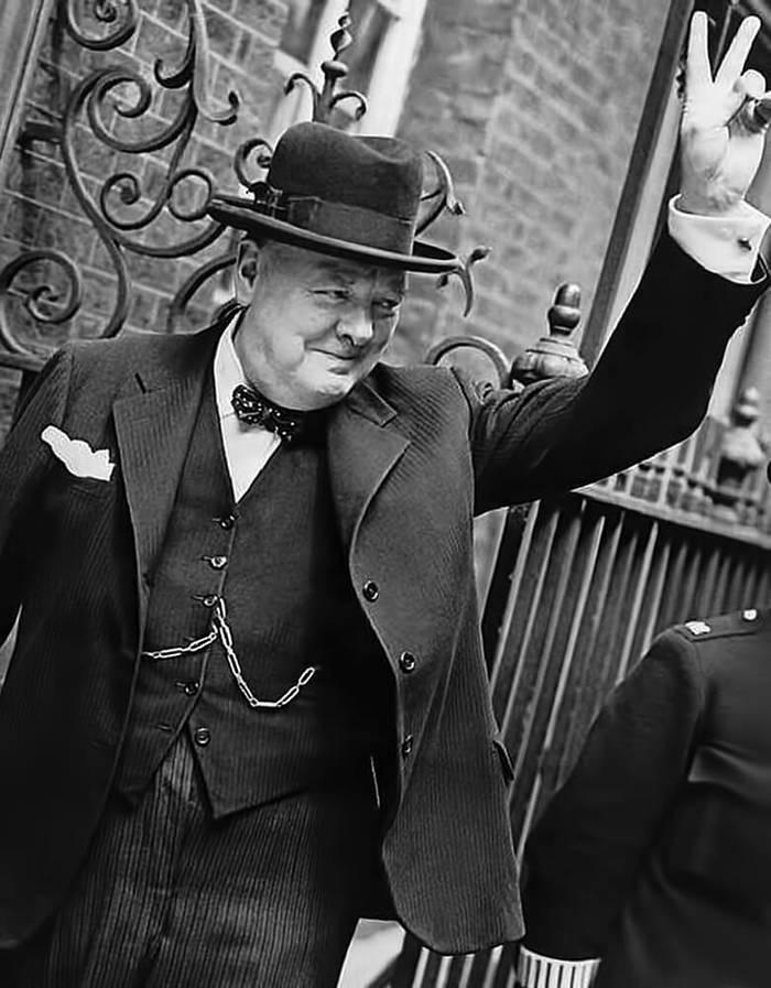 «Ничто так не бодрит, как момент, когда по вам выстрелили и промахнулись», — Уинстон Черчилль