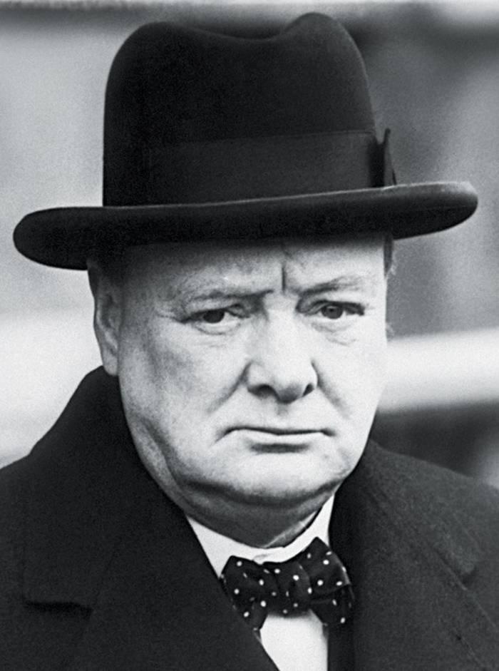 «Необразованным полезно читать сборники афоризмов. Я и сам немало из них почерпнул», — Уинстон Черчилль