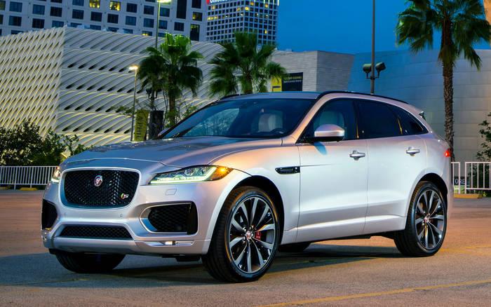 2017 – Jaguar F-Pace