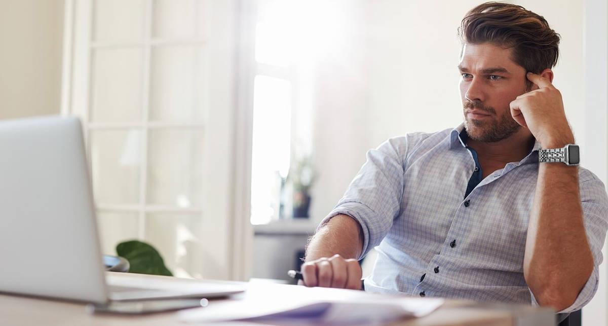 Как сделать рабочее место дома комфортным: 5 мужских советов