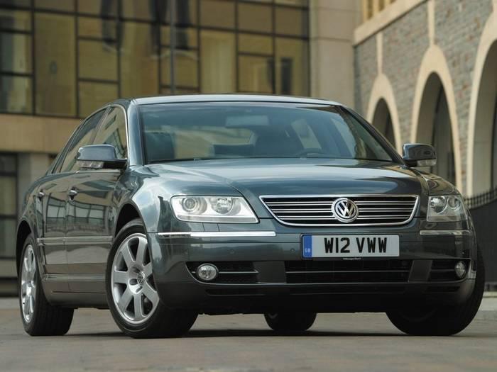 Volkswagen Phaeton (2002−2016)