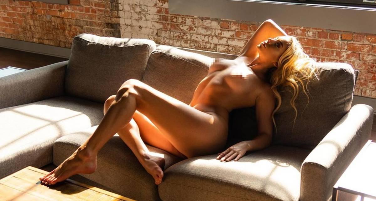 Красотка дня: раскованная ню-модель из Флориды Саманта Матиас