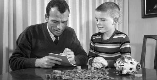 Когда начать знакомить ребенка с понятиями про «финансы»