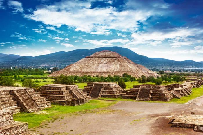 Мексика - замечательная страна с историческим прошлым и увлекательным настоящим