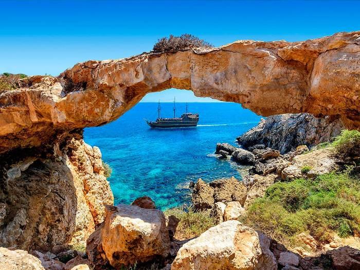 Жаркие берега Кипра - отличные места для отдыха