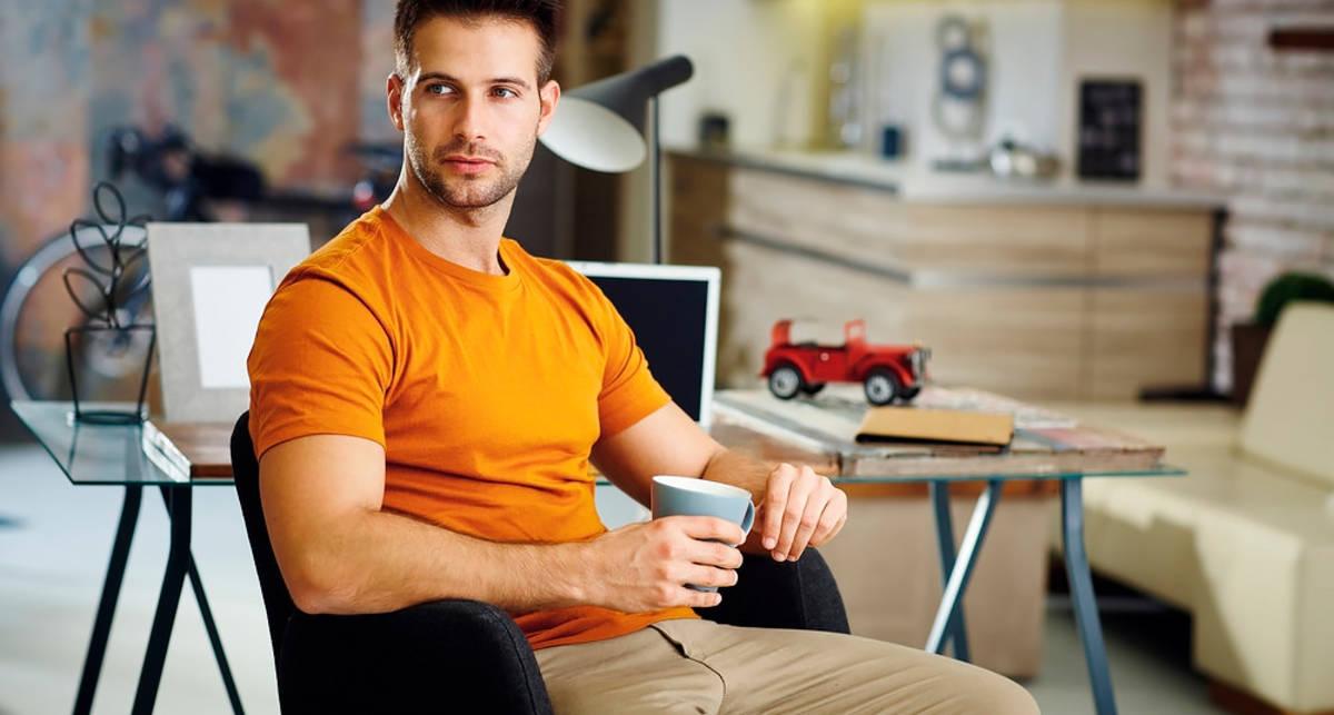 Устройся с комфортом: 6 функциональных вещей для мужского жилища