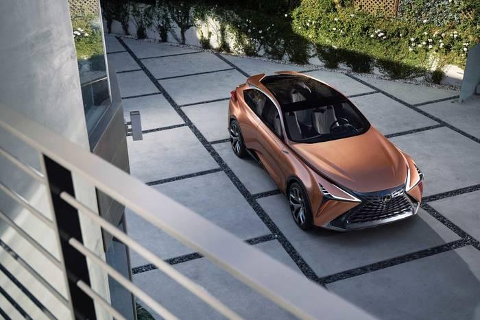 Lexus LF-1 Limitless демонстрирует, насколько роскошным может быть кроссовер