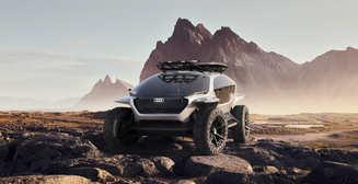 Автопилот, электричество и аренда: что ждет люксовые автомобили в будущем