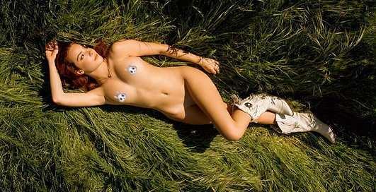 Красотка дня: жаркая Playboy Playmate Софи О'Нил