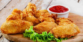 Как приготовить куриные крылышки в кляре: простой рецепт для любителей вкусно покушать