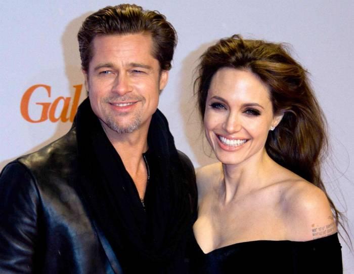 Несмотря на развод, время от времени Джоли и Питт воссоединяются - ради детей