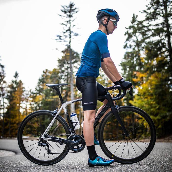 Одежда для велоспорта должна быть обтягивающей