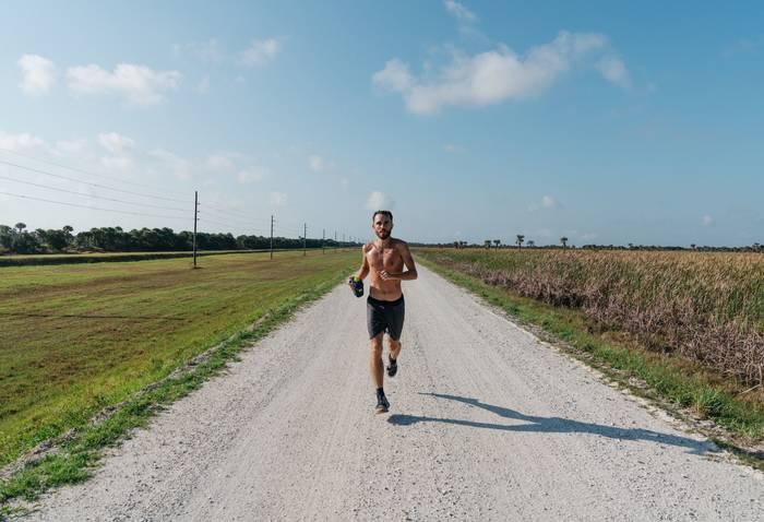 Хочешь красивое тело — не мори себя диетами, больше тренируйся