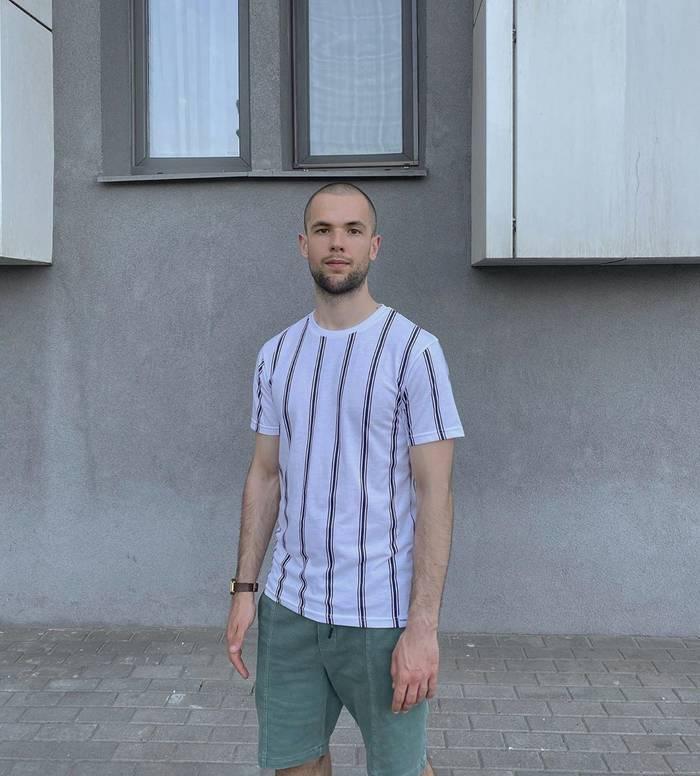 Алексей Плотников — мастер мужских стрижек с 6-летним стажем