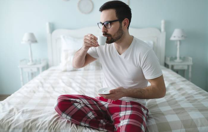 Просыпайся пораньше — останется время на кофе «в спокойствии и тишине»