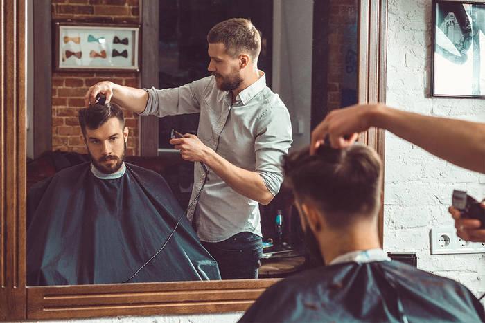 Хочешь, чтобы красиво подстригли, — расскажи мастеру о прическе как можно больше